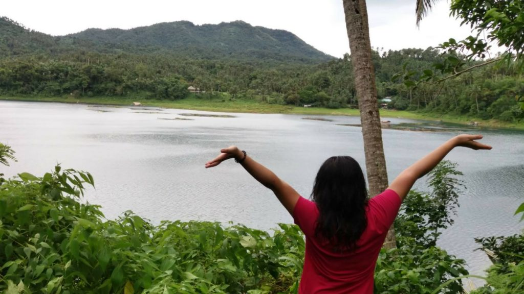 yambo lake's craters view
