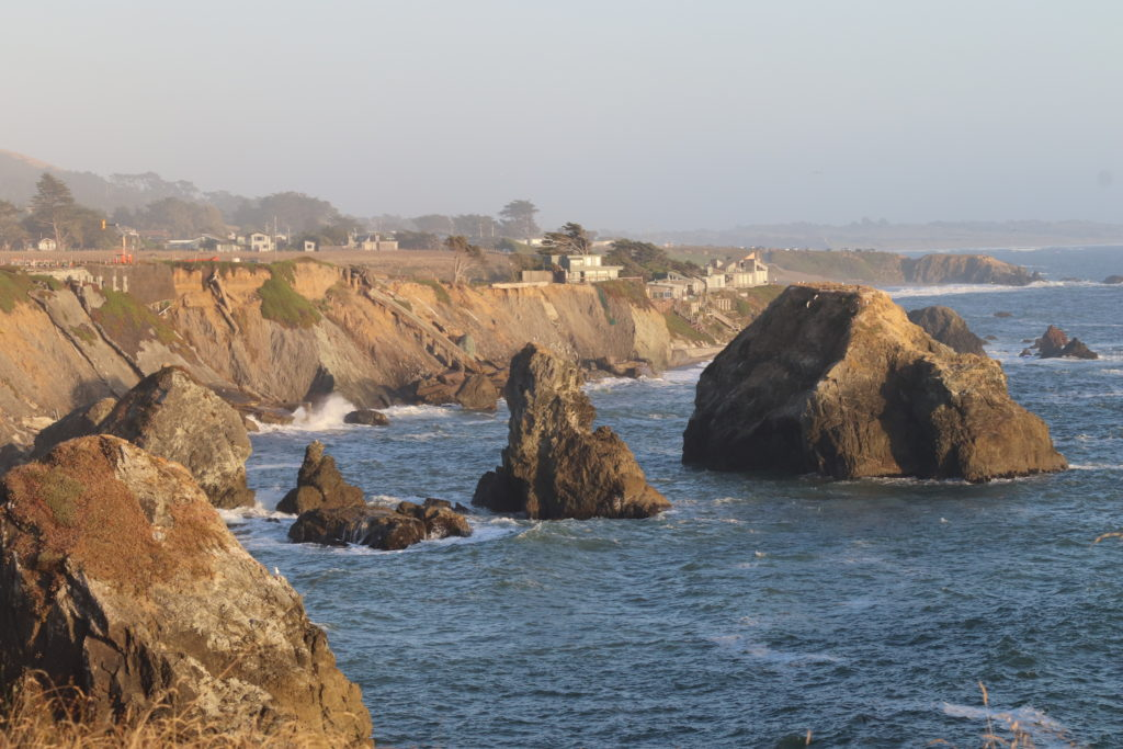 Sonoma Coast State Park, cliffs and huge natural sea rocks going to Goat Rock Beach.